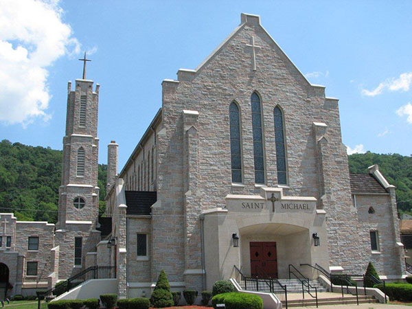 morgantown catholic churches